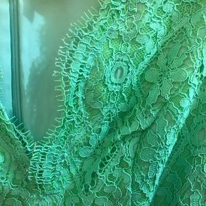 Lilly Pulitzer Dresses - Lilly Pulitzer Two-Tone Green Lace Meryl Dress